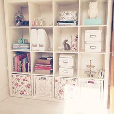For the kids room Creative Office Space, Home Office Space, Office Art, Office Style, Teen Girl Rooms, Teenage Room, Craft Room Storage, Room Organization, Shelf Inspiration