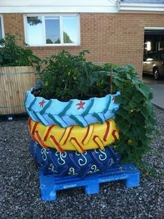1000 images about gardening repurposed old tires on - Painted tires for gardens ...