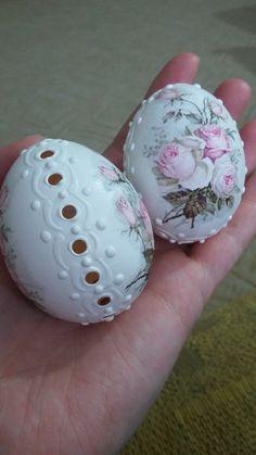 Best Friend Gifts, Gifts For Friends, Egg Shell Art, Carved Eggs, Faberge Eggs, Egg Art, Egg Decorating, Egg Shells, Creative Art
