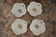 Set of small butterfly bowls