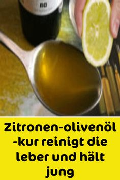 Lemon-olive-oil-cure cleanses the liver and keeps you young - Detox Drinks Liver Detox Cleanse, Health Cleanse, Detox Drinks, Healthy Drinks, Fitness Workouts, Olives, Beauty Tips Easy, Lemon Olive Oil, Health Promotion