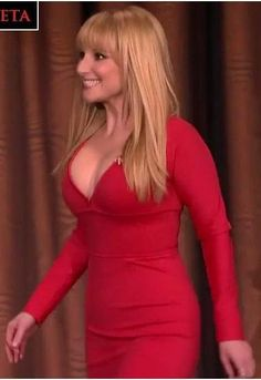 Melissa Rauch As Summer In True Blood On Make A Gif