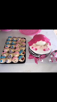 Love these cupcakes;)