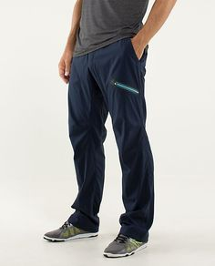 Lululemon seawall track pant II. Weather-resistant, designed for the gym & cross-training.