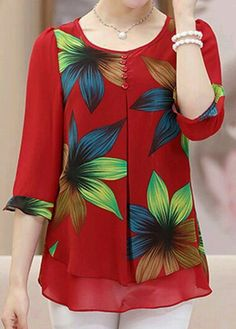 Blouses for women – Lady Dress Designs Beautiful Blouses, Beautiful Outfits, Blouse Patterns, Blouse Designs, Red Blouses, Blouses For Women, Sewing Blouses, Mode Style, Ladies Dress Design