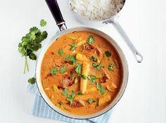 Curry cu porc și arahide în stil thailandez - Good Food Romania Asian Recipes, Ethnic Recipes, Romania, Thai Red Curry, Good Food, Pork, Asian Food Recipes, Clean Eating Foods, Eating Well