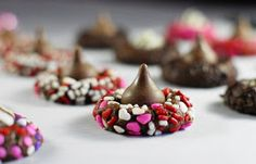 The Kitchen is My Playground: Chocolate Valentine Kiss Cookies