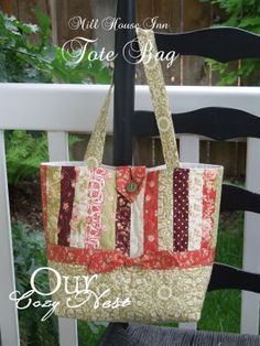 Mill House Inn Tote Bag Free Sewing Pattern from the Bags Free Sewing Patterns Category at Craft Freely Sacs Tote Bags, Quilted Tote Bags, Patchwork Bags, Patchwork Quilting, Tote Pattern, Wallet Pattern, Free Tote Bag Patterns, Quilted Purse Patterns, Handbag Patterns