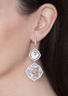 Now these are chandeliers - rock crystals hand set to frames with over 200 diamonds for day Diamond Chandelier Earrings, High Jewelry, Jewellery, Calendar 2014, Advent Calendar, Jewels, Gemstones, Crystals, Metal