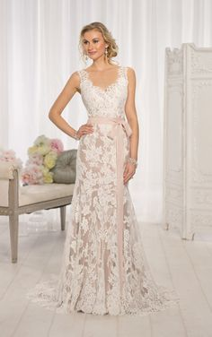 Lace A-line Essence of Australia Gown Spring 2015 Wedding Dress