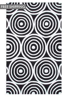 5'x8' area rug $279