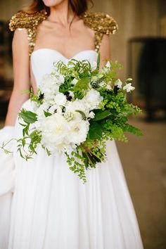 The Bride Wore Mark Zunino for Kleinfeld for Her Fabulous Antique Wedding | Annie McElwain Photography | KleinfeldBridal.com