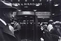 """ William Klein Horn & Hardart & Grimace, New York City c.1954 """