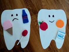 Kids practicing good hygiene and knowing what's good and bad for your teeth can help prevent cavities in the future. Good dental hygiene is important and should be taught and incorporated in there daily routine Body Craft, Community Helpers Preschool, Dental Health Month, Nutrition Activities, Healthy Teeth, Healthy Foods, Teeth Health, Healthy Eating Games, Science Classroom
