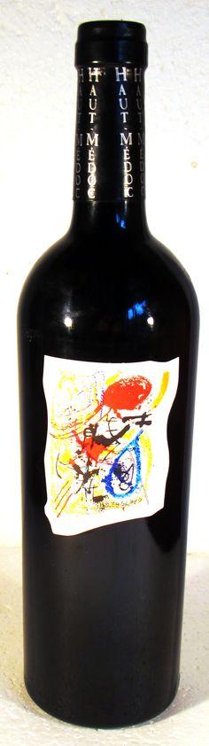 """17. September 2015 - Château Caronne Sainte Gemme 1998, Cru Bourgeois, Haut-Médoc, Bordeaux, Frankreich -- Knallige Etiketten auf Weinflaschen machen mich immer stutzig. Wird damit nur um Aufmerksamkeit gebuhlt? Oder steckt etwas dahinter, respektive in der Flasche? Warum dieser """"Caronne Sainte Gemme"""" hier nicht sein altes, eingeführte Etikett trägt, weiss ich nicht."""