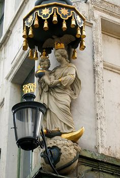 StreetLamp (1) by Vesuvianite on Flickr - Antwerp, Belgium