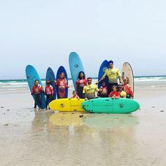 Ya llego el verano y con ello llegaron los niños de #lanzarote preparados para coger las mejores #olas del #verano2017 con @lasantaprocenter  http://ift.tt/SaUF9M ------------------------------- #summersurf #summerkids #surfholiday #vacacionesdeverano #lasantaprocenter #lasantasurfprocenter #escueladesurf #surfcamp #surfcampfamara #surfcamplanzarote #lanzarotesurfcamp #surfkids #kids