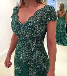vestido de festa #maedanoiva #madrinhas #maedonoivo I Dress, Lace Dress, Party Dress, Lace Gown Styles, Mothers Dresses, Fashion Sewing, Formal Gowns, Beautiful Gowns, Evening Dresses