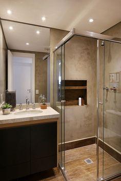 Easy Shower Remodel and Shower Remodel Diy Walk In. Bathroom Design Small, Bathroom Interior Design, Decor Interior Design, Modern Bathroom, Tiny House Bathroom, Small Shower Remodel, Appartement Design, Fiberglass Shower, Small Showers