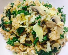 Delicious recipe for Healthy Mushroom Risotto, a recipe from The Healthy Mummy. Put it on your meal plan if you want to lose weight and still eat good food. Healthy Mummy Recipes, Vegetable Recipes, Vegetarian Recipes, Rice Recipes, Thermomix Recipes Healthy, Vegetarian Tart, Veggie Meals, Recipies, Healthy Cooking