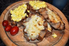 Incredible Karjalanpiirakka http://cookingfinland.blogspot.co.uk/2011/01/karelian-rice-pies-with-egg-butter.html