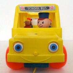 Fisher Price | bus jouet à tirer // vintage school bus pull toy