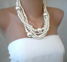 pearls.quenalbertini: Hand- made Bridal Pearl Necklace   Etsy