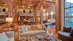 I cannot begin to tell you how much I love this!   Timeless-Open-Warehouse-Loft_2