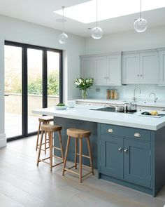 Modern Kitchen Design Modern meets Edwardian - transitional - Kitchen - South East - Rencraft Ltd - Modern Grey Kitchen, Grey Kitchens, Modern Kitchen Design, Home Kitchens, Transitional Kitchen, Minimalist Kitchen, Minimalist Style, Minimalist Design, Kitchen Black
