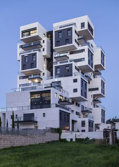 Gallery of 22 Haganim st. Ramat Ha'sharon / Bar Orian Architects - 6