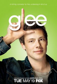 Why can't we go back to this? You know, to when everything still felt the same. Thinking about Glee now...I just have a big empty space left in my heart...