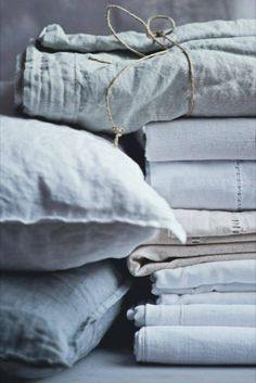 Making linen bedding is our passion! Linen Sheets, Linen Pillows, Linen Bedding, Linen Fabric, Bed Sheets, Bedding Sets, Grey Fabric, Textiles, Shabi Chic