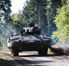 Puma Ifv, Military Armor, German Army, Armed Forces, Military Vehicles, Around The Worlds, Instagram, Armors, Offroad