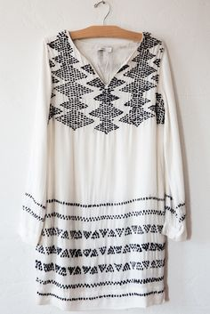 495. closed ivory dress – Lost & Found
