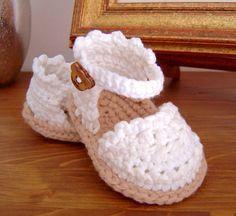 Crochet Pattern Baby Espadrille Baby Sandals Baby booties Crochet Pattern Espadrille R; Baby Girl Sandals, Crochet Baby Sandals, Booties Crochet, Crochet Shoes, Girls Sandals, Headband Crochet, Slippers Crochet, Summer Sandals, Crochet Dolls