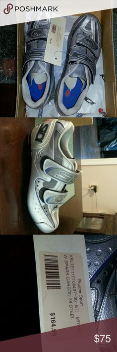 Sidi women's road bike shoes NWT in box Women's leather sidi road bike shoes. 50th anniversary. EUR 38. Box says us size 6.25. I wear an 8 and they are to small. Eur 38 should be a us 8 but Sidi runs small. Velcro closure. Sidi Shoes Athletic Shoes