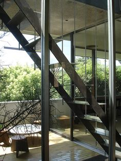 Richard Neutra's VDL Research House II, rebuilt in 1965-66, Silver Lake, CA.