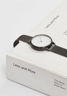 We create high-quality, minimalist watches for those who wear things with care. Designed in Sweden and made in Germany using thoughtfully sourced components. Flat Lay Photography, People Photography, Product Photography, Watches Photography, Jewelry Photography, Design Set, Black White Fashion, Black And White, White Style