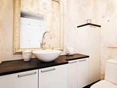 Kosketus - valkoinen. Decor, Home Decor, Bathroom Mirror, Bathroom Vanity, Round Mirror Bathroom, Bathroom, Bathroom Decor, Home And Living, Bathroom Inspiration