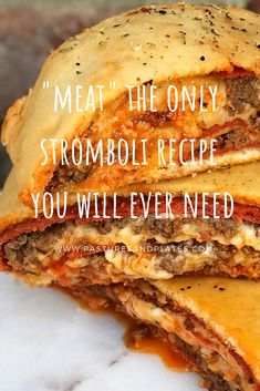 A pizza roll, aka STROMBOLI. This one is stuffed with pepperoni, ground beef and cheese. Doesn't get any better! Hamburger Recipes, Ground Beef Recipes, Pizza Recipes, Meat Recipes, Cooking Recipes, Skillet Recipes, Ground Beef Calzone Recipe, Cooking Gadgets, Cooking Tools