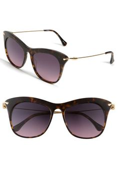 I LOVE these. Just the right amount of kitty for sunnies!
