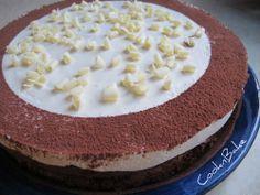 עוגת סופלה שוקולד עם מוס חלבה וסוד קטן... - CooknBake - תפוז בלוגים