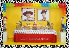 Festinha de aniversário da Ana Carolina e do Antônio realizada no Buffet Divina Festa em Curitiba. O Tema foi do Toystory. Demos ênfase no...