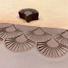 Ceramic Clay, Ceramic Pottery, Pottery Art, Pottery Ideas, Ceramic Texture, Clay Texture, Texture Maker, Slab Ceramics, Clay Stamps