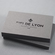 We used a #black #foilstamp on Smoke #colorplan stock to print #businesscards for Fifi de Lyon.