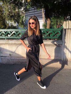 Shakara dress #casualfriday #blackdress #merakigirls #romaniandesigner   #fashion #trends