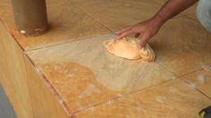 Como limpar piso encardido Muitas mulheres como homens também, ficam estressados com pisos e rejuntes encardidos. Entrar em casa e dar de cara com um piso amarelado não é muito legal. Para proporcionar uma limpeza adequada você deverá preparar uma mistura. Então vamos às dicas! Como limpar piso encardido? Como dito você deve preparar uma…