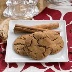 Triple Ginger Snaps | Soft and chewy ginger cookies with fresh ginger, dried ginger and crystallized ginger!!! @lizzydo
