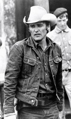 Dennis Hopper in The Last Movie. 1971, baby. http://www.99wtf.net/men/mens-fasion/latest-mens-casual-trouser-trend-2016/