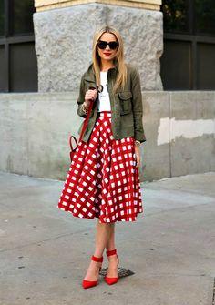 Blair Eadie in a stunning skirt #coloreveryday